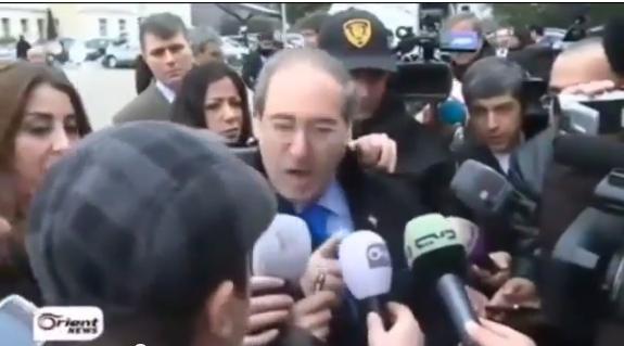 فيصل المقداد يشتم الصحفيين