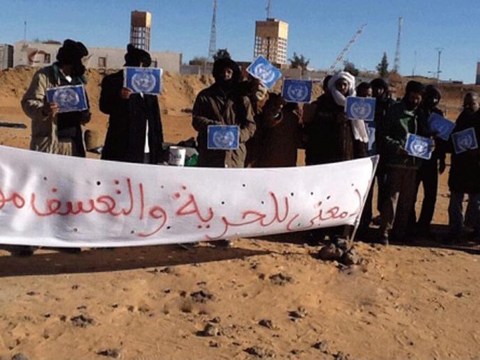 مخيمات تندوف على صفيح ساخن بعد مقتل مواطنين على يد الجيش الجزائري
