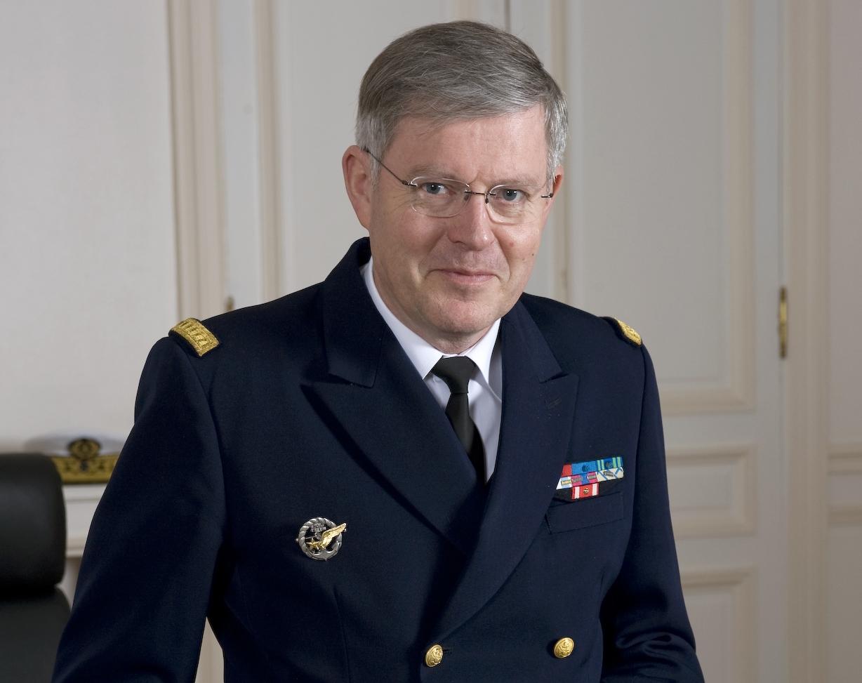 قائد الأركان الفرنسية يرى أن عملية عسكرية في ليبيا هي الحل للانفلات الأمني