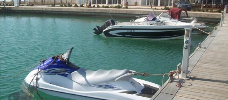 غرق شاب مغربي بسيارته  بالميناء الترفيهي للسعيدية