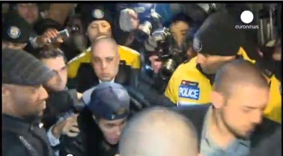 جاستن بيبر في قبضة الشرطة