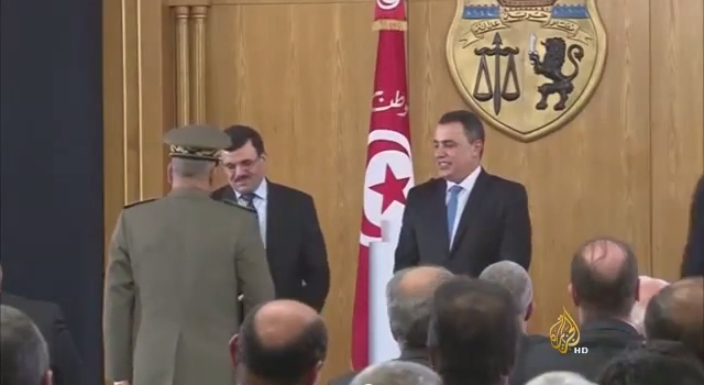 تباين مآل الثورتين التونسية والمصرية