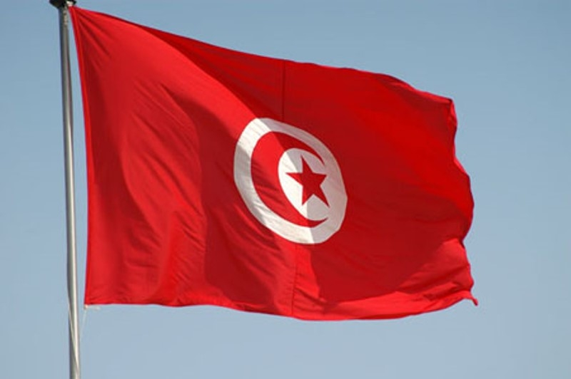 تونس تحرم تعدد الزوجات