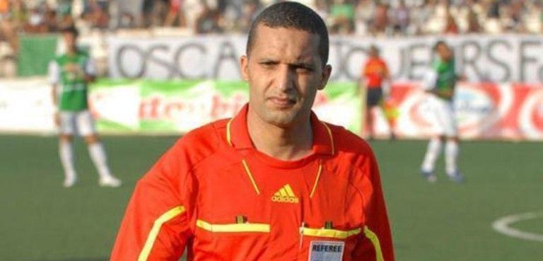 الحكم المغربي جيد يتعرض للاصابة في مباراة منتخب ليبيا