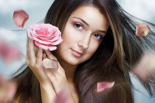 اليك الأعشاب الطبيعية التي تقلل من تساقط الشعر