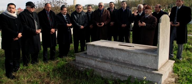 لبناني يخترع جهاز لتحويل القمامة إلى فحم