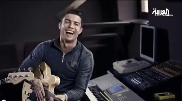 مواهب موسيقية خفية لنجوم الكرة