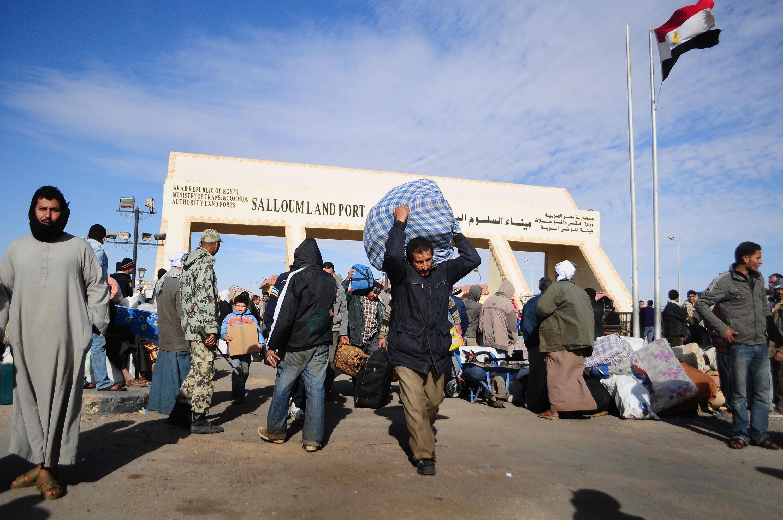 زيدان والببلاوي يؤكدان على ضرورة ضبط الحدود بين ليبيا ومصر
