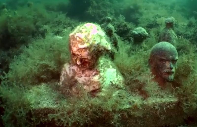 متحف تحت الماء في أوكرانيا يؤرخ للفترة السوفياتية