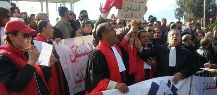 القضاة التونسيون يعلقون إضرابهم اليوم