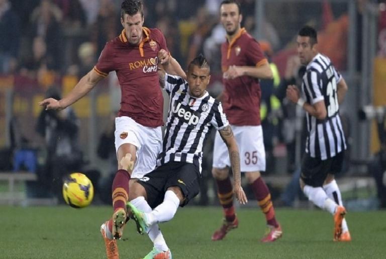 روما يطيح بيوفنتوس ويتأهل لنصف نهائي كأس إيطاليا