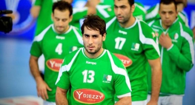 المنتخب الجزائري يواصل تألقه ببطولة افريقيا لليد
