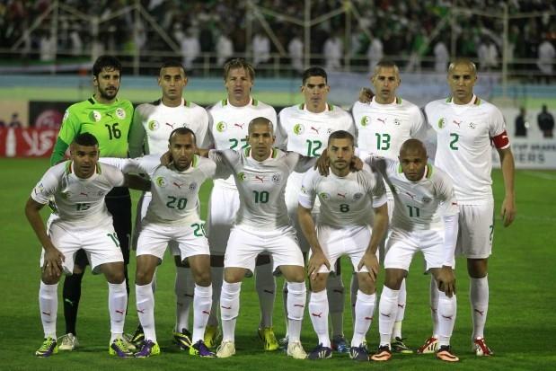 المنتخب الجزائري  يحتل المركز 27  عالميا