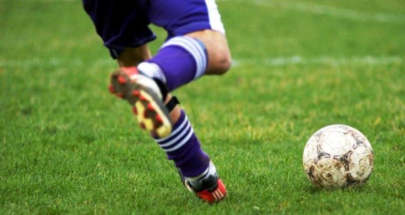 دراسة: ممارسة كرة القدم تمنع السمنة