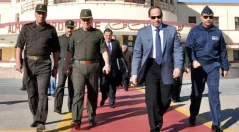 وزير دفاع روسيا يتخلف عن استقبال السيسي في المطار