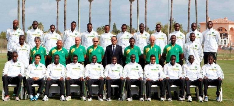مدرب المنتخب الموريتاني يستدعي أبرز  المحترفين  ولاعبين جدد لمواجهة النيجر وديا