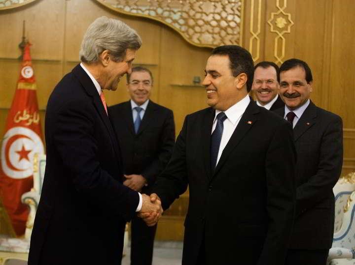 جون كنيدي يؤكد دعم بلاده لجهاز الأمن التونسي