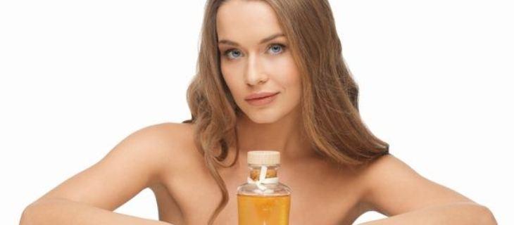 اقوى الزيوت العطرية لتقوية الشعر والحفاظ على قوته وحمايته من التقصف