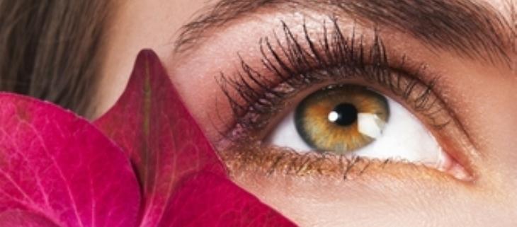4 نصائح سهلة لتجنّب جفاف العينين