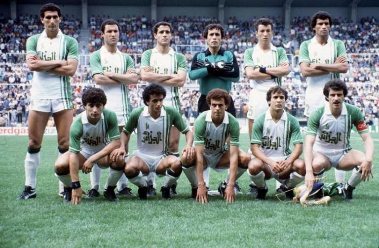 الفاف توجه الدعوة للاعبين الجزائريين القدامى لحضور مونديال البرازيل