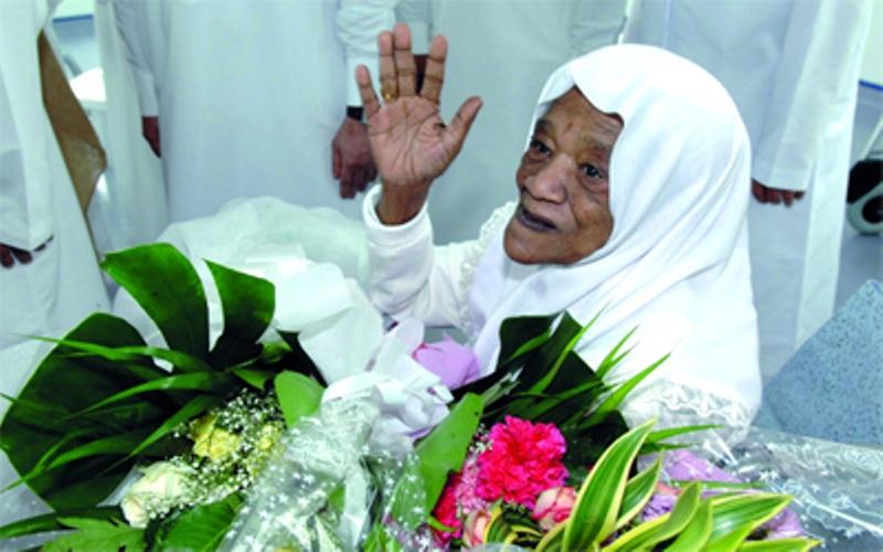 وفاة أول طبيبة امارتية