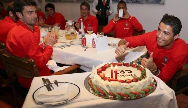 رونالدو يحتفل بعيد ميلاده اليوم الـ 29 بمواجهة أتليتيكو مدريد