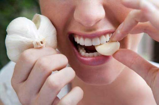 دراسة: تناول الثوم النيء مفيد للقلب