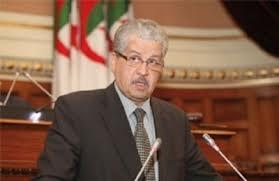 رئيس الوزراء الجزائري لا يجيد نطق اللغة العربية