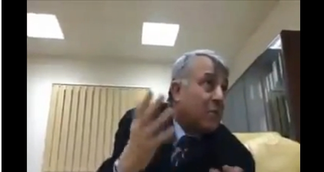 أبو سهمين وقضية ضبطه مع امرأتين