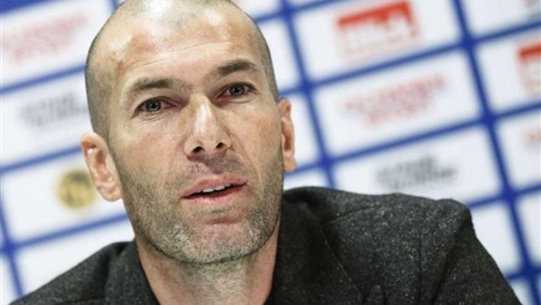 زيدان: ريـال مدريد يلعب من أجل الثلاثية هذا الموسم