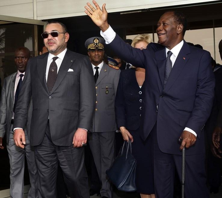 العاهل المغربي يستقبل رئيس الكوت ديفوار بعد قضاء فترة نقاهة بالخارج