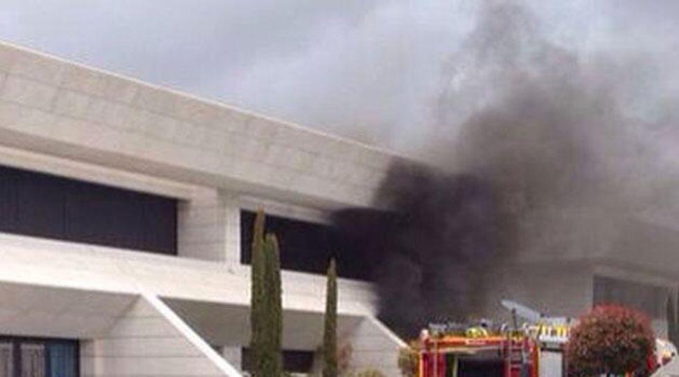 بالفيديو : حريق في مسكن  خيسي لاعب ريال مدريد