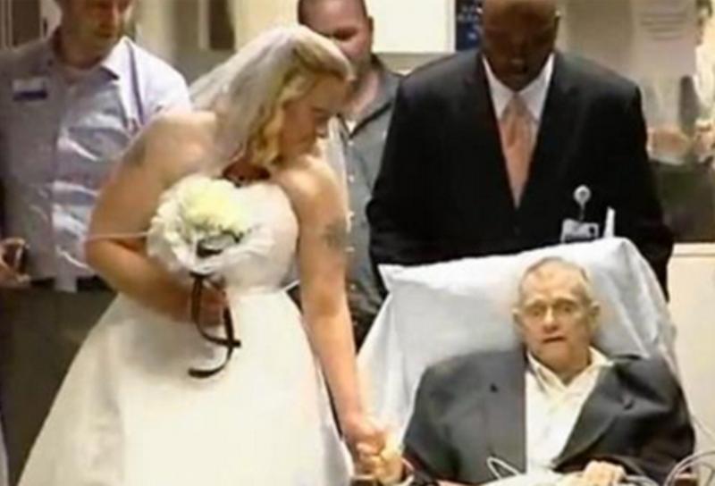 تفاجئ والدها الذي يحتضر بإقامة حفل زفافها في المستشفى