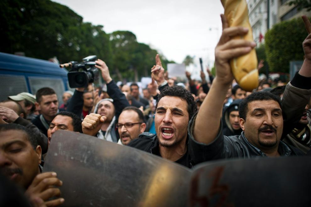 تخوفات التونسيين من ارتفاع الأسعار بشكل صاروخي