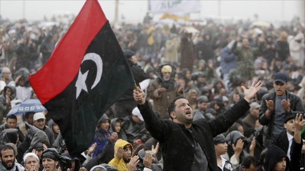 دوتشي فيليه: ليبيا ما تزال في أزمة