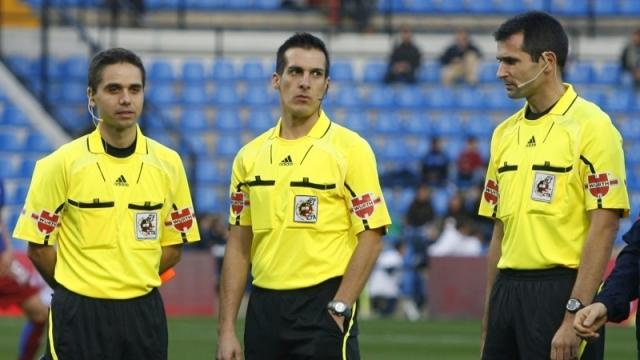 حكم اسباني لقيادة المباراة الودية بين تونس وكولومبيا