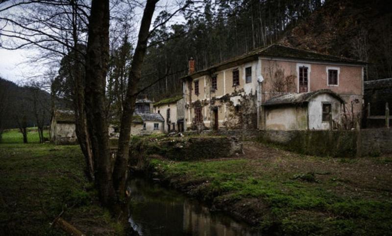 قرية اسبانية بالمجان لمن يعيد إحياءها من جديد