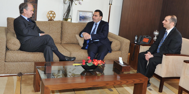 وزير الإتصال المغربي يحيي التعاون الإعلامي مع اسبانيا واليونسكو.