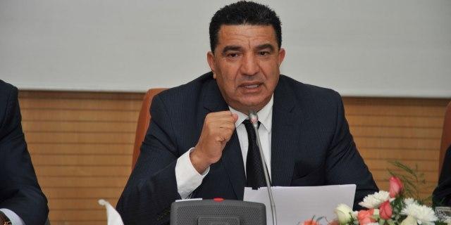 وزير مغربي يقر بفشل الحكومة في محاربة الرشوة