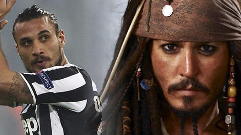 أوزفالدو يعد بارتداء لباس القراصنة عند احراز يوفونتيس لقب الدوري