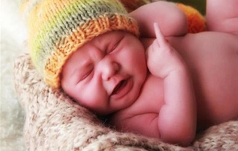 انتبه.. الطفل الذي لا يبكي عنده خلل جيني