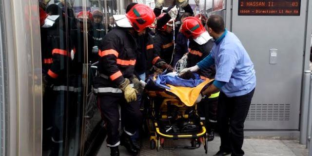 شاب مغربي يسقط تحت عجلات الطرامواي بالرباط