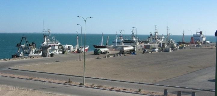 مدينة الداخلة تستفيق اليوم على وقع حادث تصادم بين سفيتنين للصيد البحري