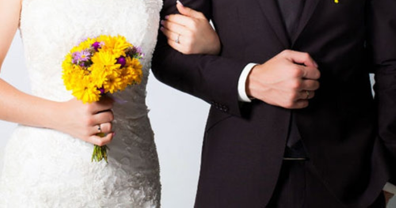المتزوجات أقل عرضة للوفاة بأمراض القلب من العازبات