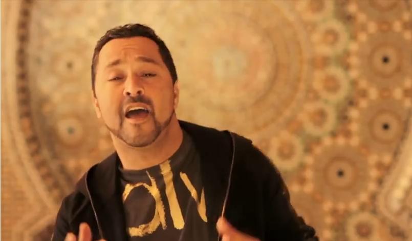 هل ينوي مغني الراي الجزائري محمد لمين اعتزال الغناء؟