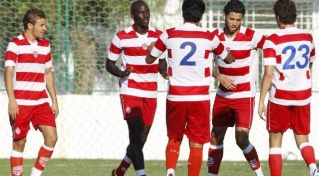 النادي الافريقي يعاقب 4 لاعبين