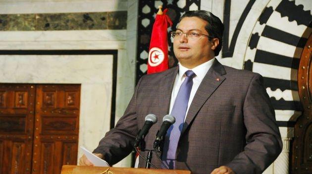 الحكومة التونسية تواجه عجزا تجاريا مخيفا