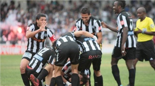 الصفاقسي يتزعم كرة القدم الإفريقية