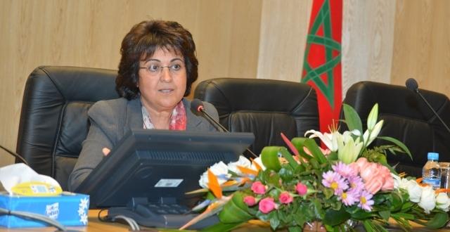 وزيرة الصناعة التقليدية ترأس وفدا  من رجال الأعمال في زيارة الكوت ديفوار