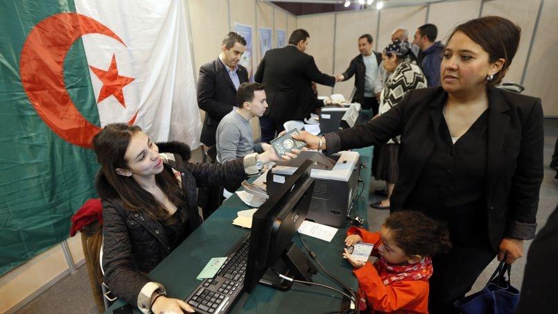 كيف ينظر الجزائريون بفرنسا لانتخابات بلادهم؟